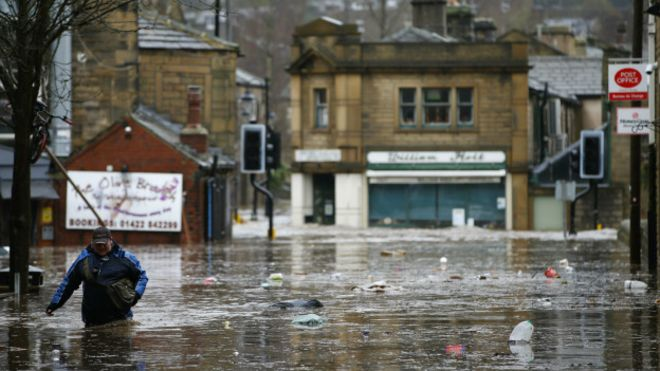 151226172447_flood_hebden_bridge_624x351_ap_nocredit